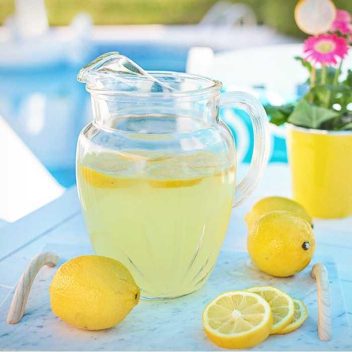 Osvěžte se v letních dnech limonádou!